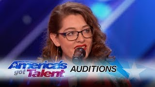 Mandy Harvey: Deaf Singer Earns Simon\'s Golden Buzzer With Original Song - America\'s Got Talent 2017