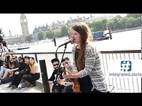 Folk Guitar Street Performance - Street Performer Singing Her Original Folk Song - Susana Silva