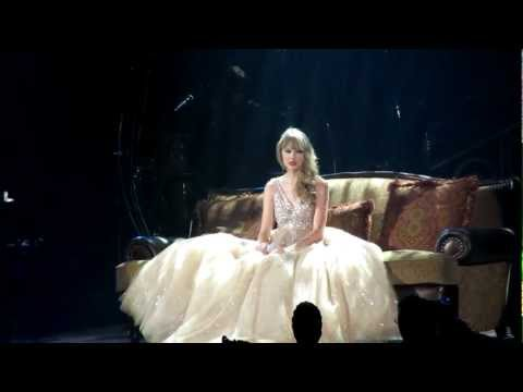 Taylor Swift Speak Now World Tour Live singing