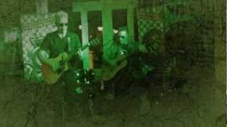 Download STRANGE RED EARTH    COUNTRY HOUSE  23.3.13   ACOUSTIC  EERIENESS SISTER MUTANT MP3 song and Music Video