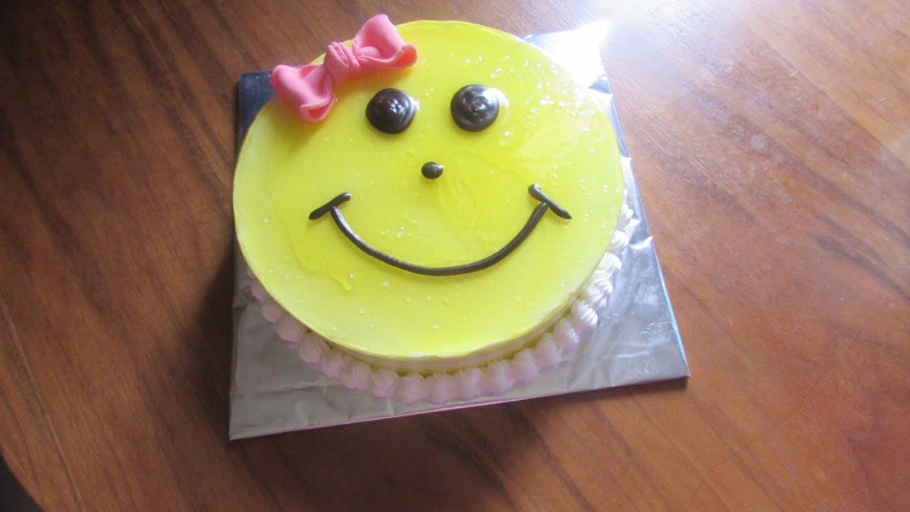 Smiley Cake Black Forest Cake For Children Birthday Cake Recipe For Girls Hindi Youtube