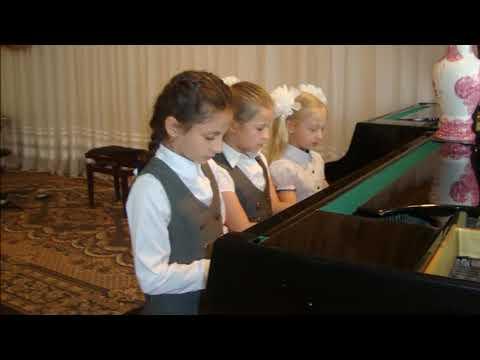 Маленькие вариации на тему Паганини - для фортепиано в 6 рук