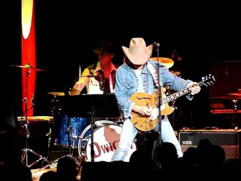 Dwight Yoakam-Long White Cadillac - YouTube