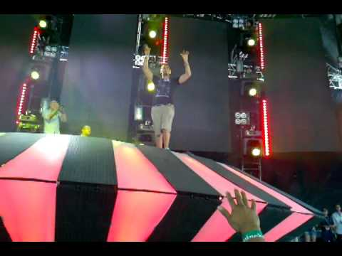 Afrojack New Single Ultra Music Festival 2011 Carl Cox stage