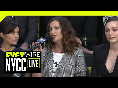 Why Haunting Of Hill House Is The OG Haunted House Story | NYCC 2018 | SYFY WIRE