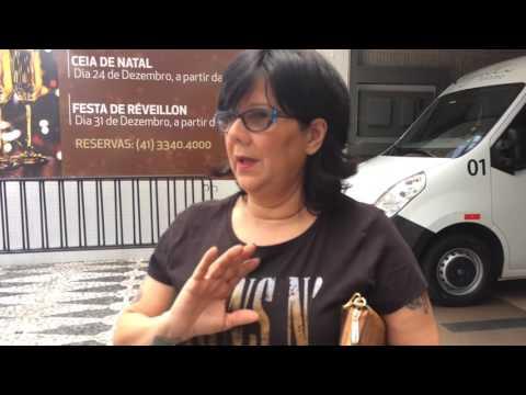Beta Lebeis conversando com os fãs dos Guns n Roses em Curitiba  - 17/11/2016
