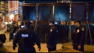 Mexican Police Set Barricade to Contain Migrant Influx