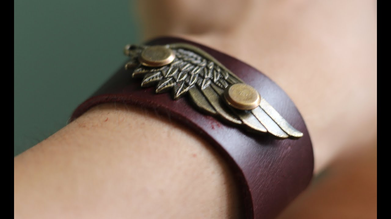 How to make a very Cool Leather Bracelet - YouTube