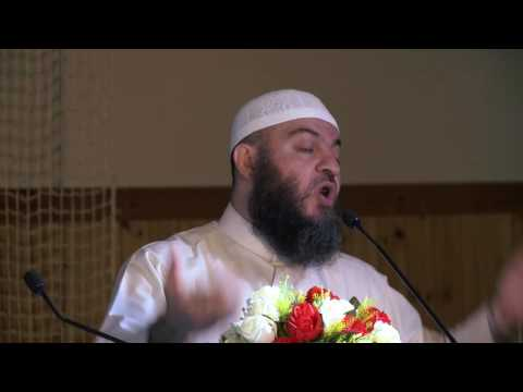 Woman becomes Muslim LIVE at Peace Conference Scandinavia in Norway