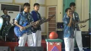 Download Video SuckSeed Band - ทุ้มอยู่ในใจ (Cover : Indonesian Lyrics) MP3 3GP MP4