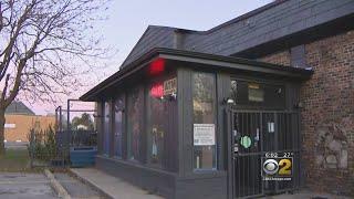 A Closer Look At The Robbins Bar Where Jemel Roberson Was Killed