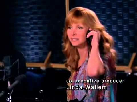 The Comeback  Valerie Cherish Lisa Kudrow performs I Will Survive
