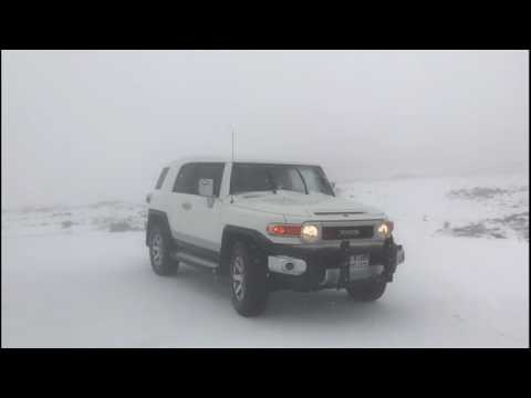 Snowfall in Ras Al Khaimah Jess Mountain تساقط الثلوج جبل جيس ٢٠١٧