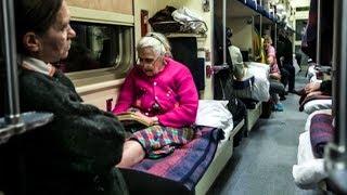Проблема «бабок» в поезде актуальна всегда. Жизненная история о поездке на поезде.