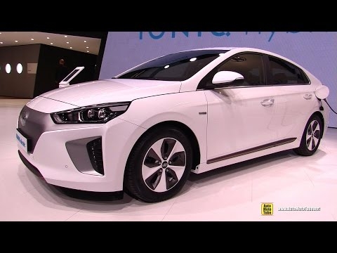 2017 Hyundai Ioniq Electric - Exterior and Interior Walkaround - Debut at 2016 Geneva Motor Show