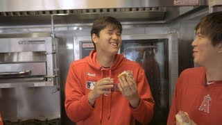 Mike Trout has Shohei Ohtani losing it while trying stadium food | Angels Weekly