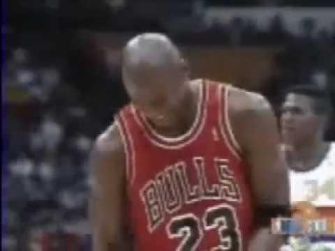 Michael Jordan met un lancer-franc en fermant les yeux !