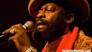 Sizzla ft. Half Pint, Jimmy Riley & Fanton Mojah - Selassie is the King