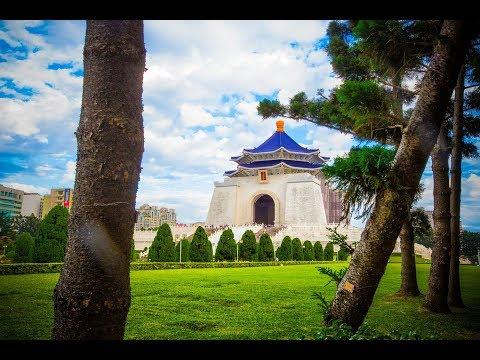 Exploring Chiang Kai-Shek Memorial Hall (蔣介石) in Taipei, Taiwan   4K