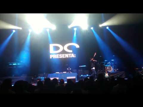 DJ DOZER EN VIVO PEPSI CENTER CONCIERTO J BALVIN MEXICO DF