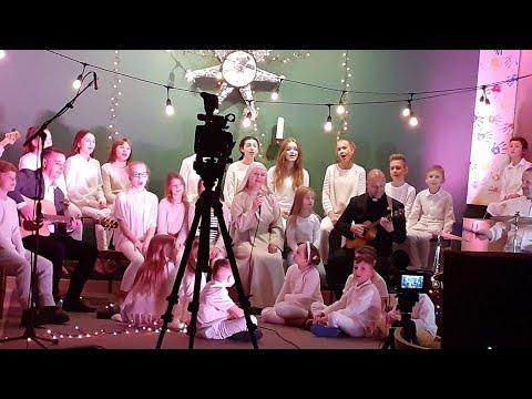 "realizacja klipu ""Lulaj, śpij Maleńki"" - WINNICA ft. s. Julita"