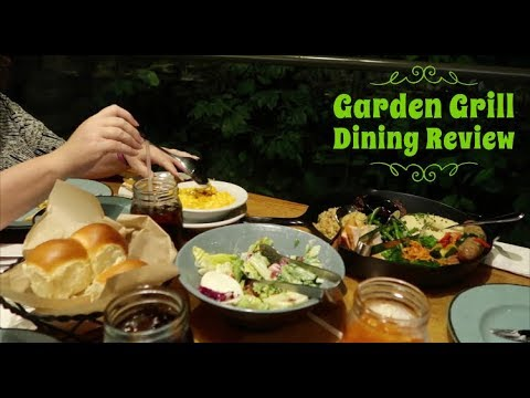 Disney World Dining Review, Eating Lunch at Garden Grill at Epcot