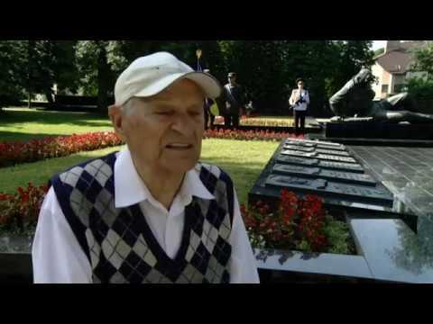 UA: ВОЛИНЬ: У Луцьку відбулися жалобні заходи до Дня Скорботи і вшанування пам'яті жертв війни.