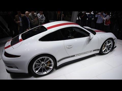 2017 Porsche 911 R First Look - 2016 Geneva Motor Show