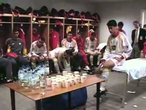 Fatih Terim's Half Time Talk at UEFA Cup Final 2000 - English Subtitles