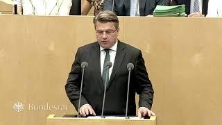 Staatsminister Prof. Dr. Bausback im Bundesrat: Verbot der Gesichtsverhüllung im Gericht  - Bayern