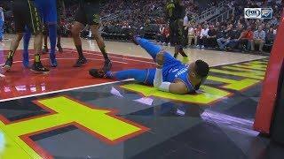 Russell Westbrook Hard Fall On Hip Against Hawks! OKC Thunder vs Atlanta Hawks