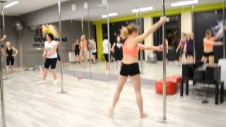 Pole Dance Video Mary-Kate Fashion