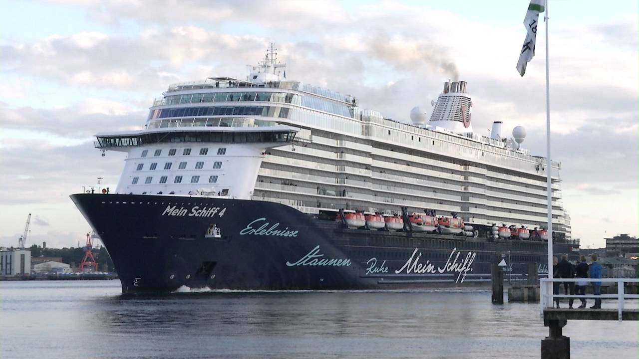mein schiff 4 tui cruises youtube. Black Bedroom Furniture Sets. Home Design Ideas