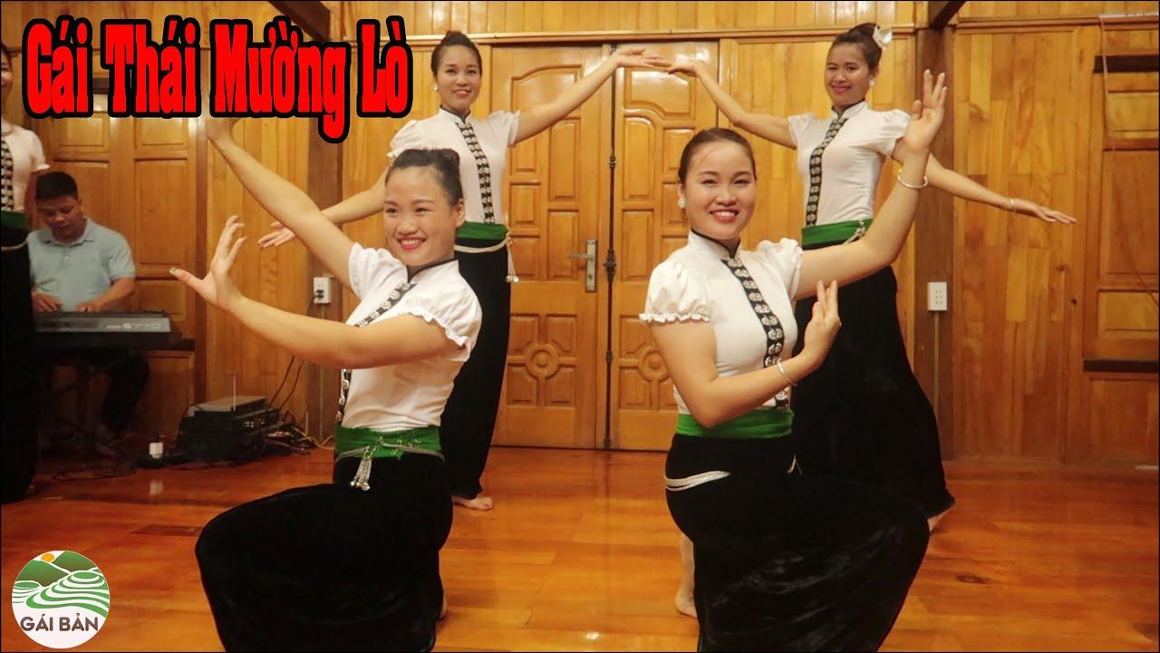 Fan lên thăm kênh Gái Bản tiếp đón đúng với văn hóa người Thái Tây Bắc