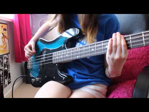 muse - hysteria (bass cover)