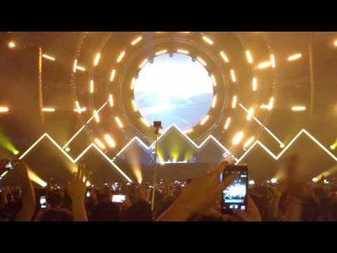 Hardwell & KSHMR - Power ( Full performance Live from Andes Future 2017 , Chile )