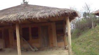 Старый красивый деревянный дом в Грузии(В Грузе раньше в середине 18 веке строили основном такие деревянные дома без гвоздей., 2016-04-16T10:18:19.000Z)