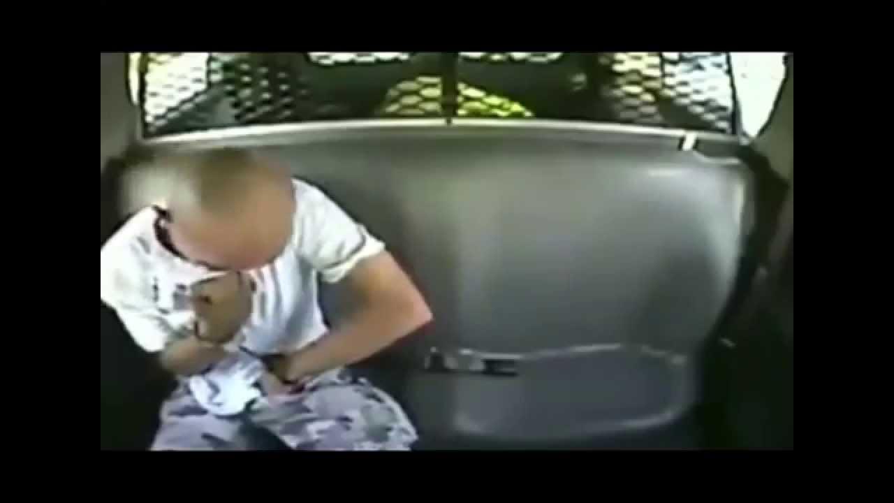 Prisoner Transport Van >> Man with Gun Escapes Police Car - Prisoner Transport ...