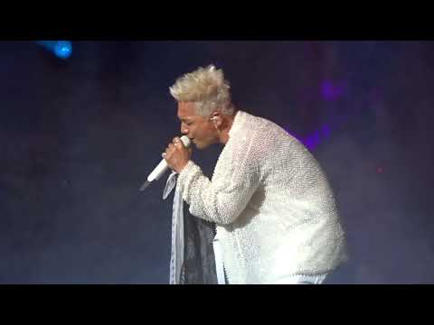Taeyang White Night NYC Concert 2017 - Only Look at Me + Wedding Dress