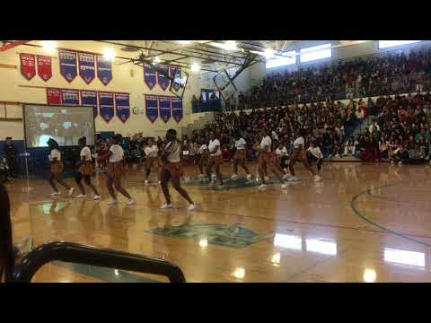 LIT AFRICAN DANCE!!! | Kent-Meridian Multicultural Assembly 2019