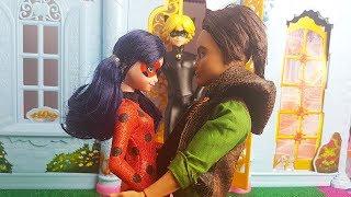 Chat Noir dichiara il suo amore a Ladybug 😳 [Miraculous Fantasy - Episodio 8]