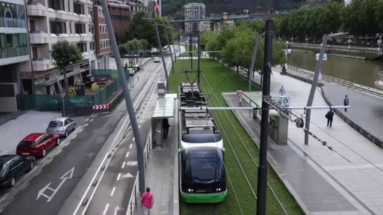 Tram in Bilbao - Euskotren Tra...