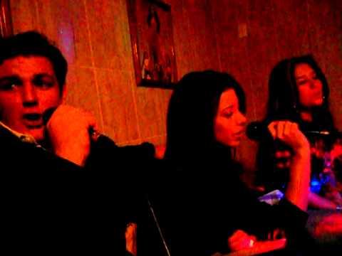 Karaoke Quito 2011 005