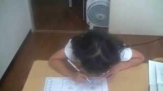 1年生のちさちゃん、5年生で習う公約数を楽々と解いています。鶴田式算...