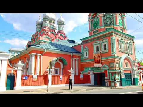 Moscow, Russia - walking with friends: Kiev train station, Sadovoe ring road, Gorky Park.