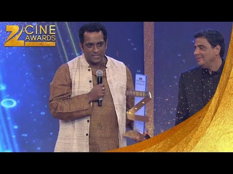Zee Cine Awards 2013 Best Director Popular Anurag Basu For Barfi
