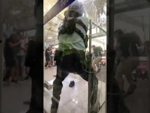 Как протестуют  в  Гонконге(Китай)