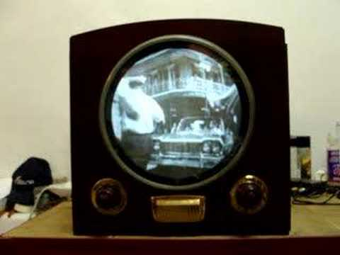 Vintage 1949 Raytheon Television in Italy, part 2