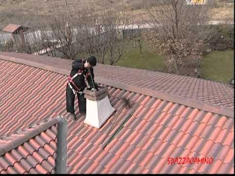 Spazzacamino pulizia canna fumaria camino a legna www - Pulizia stufa a legna ...