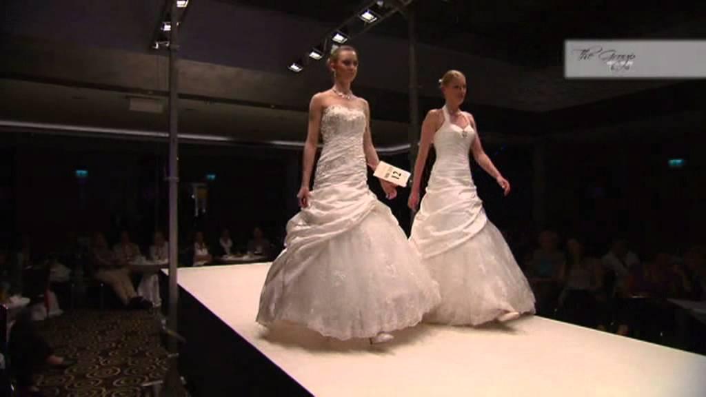 D fil de robes de mari es 2012 fabricant the group for Don de robe de mariage militaire